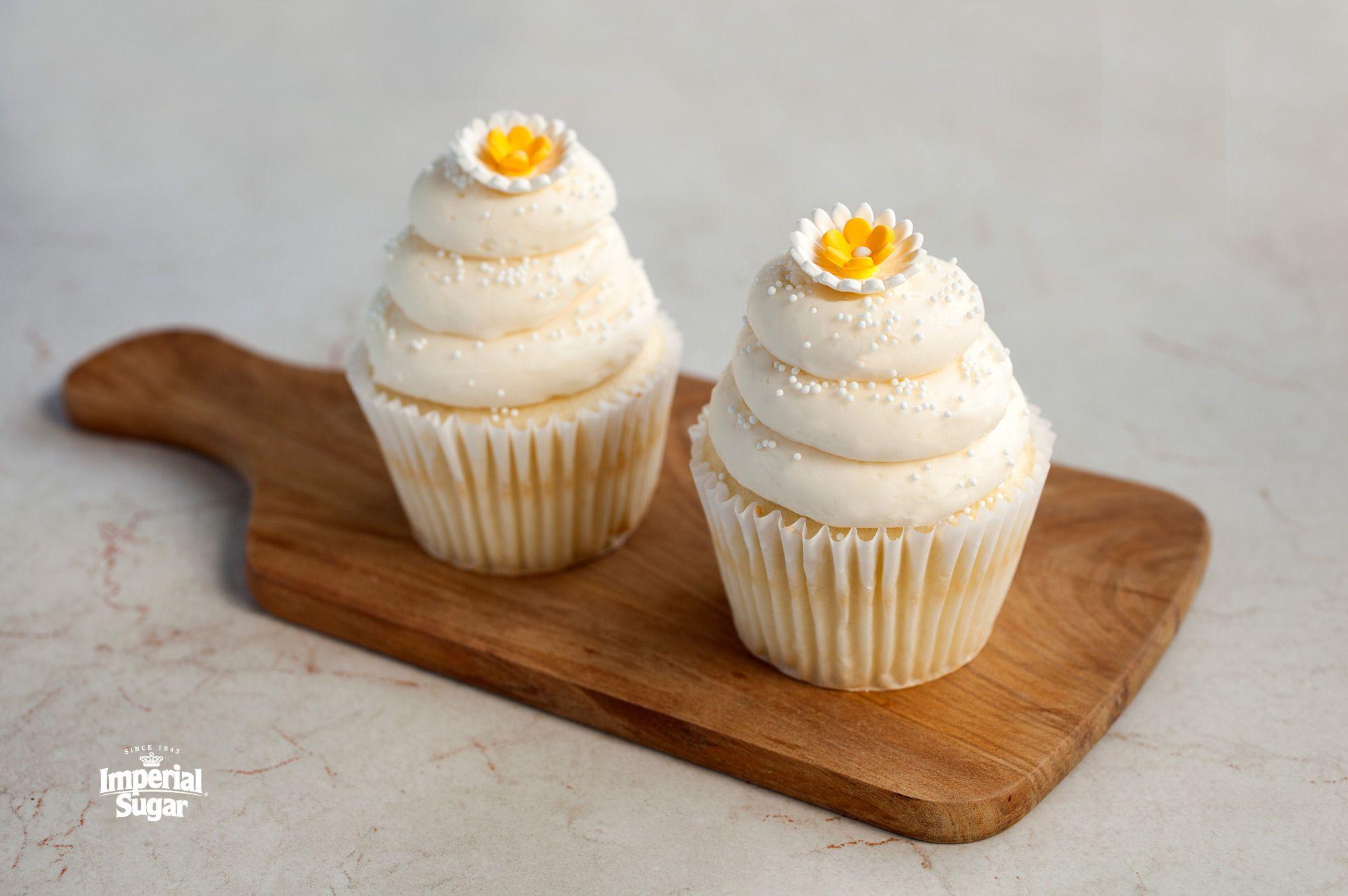 Sour Cream Frosting Imperial Sugar Recipe Sour Cream Frosting Homemade Sour Cream Frosting Recipes
