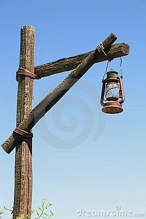 Oil Lamp Wooden Post 20996210 (300×450)