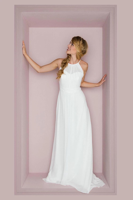 Elegant Jewel Neck Sleeveless Long Solid Sheath Chiffon Wedding
