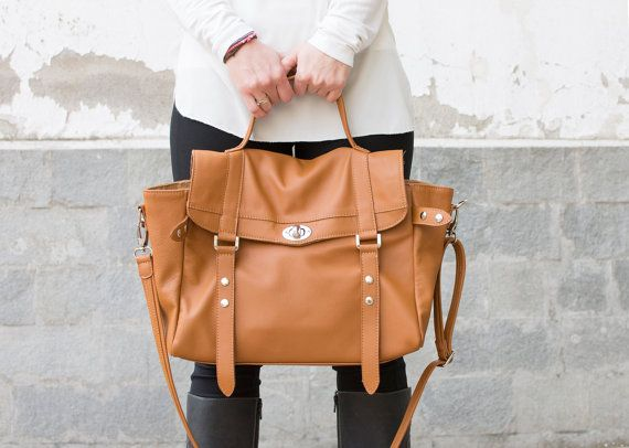 """Leather satchel in tan soft leather - With a laptop compartment for 11""""-15"""" laptop."""