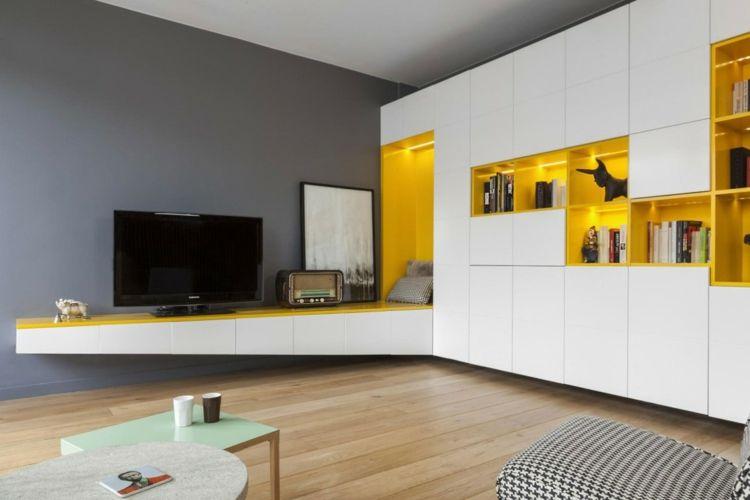 Kinderzimmer & Wohnwand in Gelb und Weiß für Farbakzente