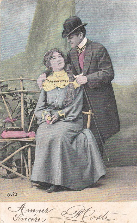 Romantische vintage liefhebbers briefkaart. Valentijnskaart. Belle Epoque briefkaart