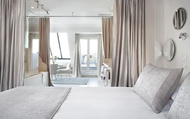 A Luxury Hotel In The Centre Of Paris De Banville