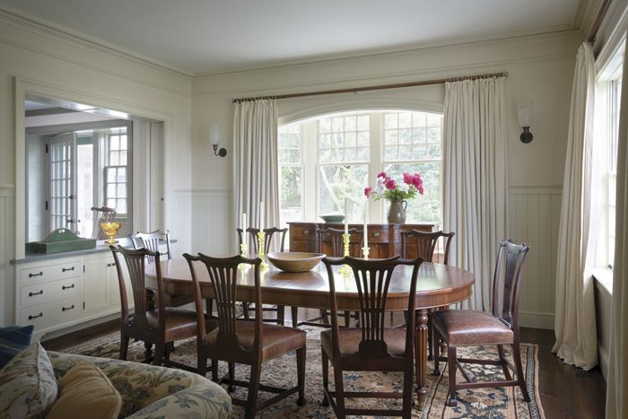 Kitchen To Dining Room Pass Through Glamorous Martha's Vineyard Massachusetts  Ferguson & Shamamiandining Inspiration Design