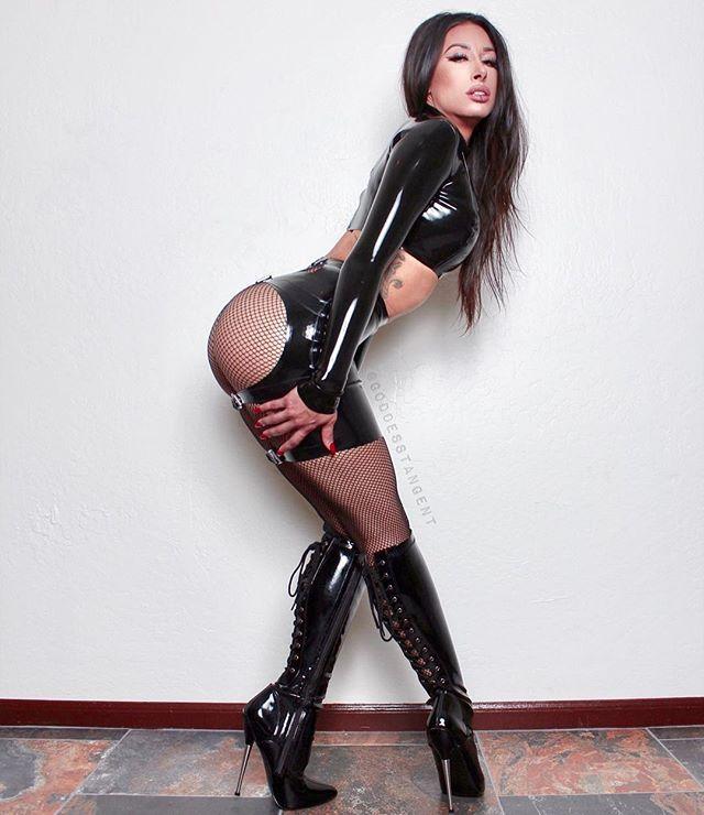 high heel dominatrix
