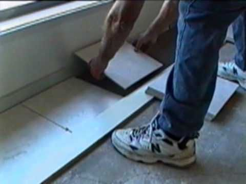 How To Tile A Floor With The Superspreader Video Diy Tiling