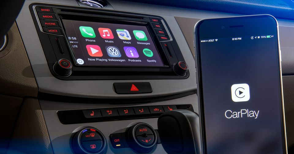 VW claims Apple wouldn't let it show wireless CarPlay at