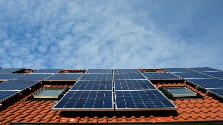 Western Australia Unveils Multimillion Dollar Investment In Solar Power And Battery Storage Pv Tech In 2020 Solar Energy Panels Solar Panels Best Solar Panels