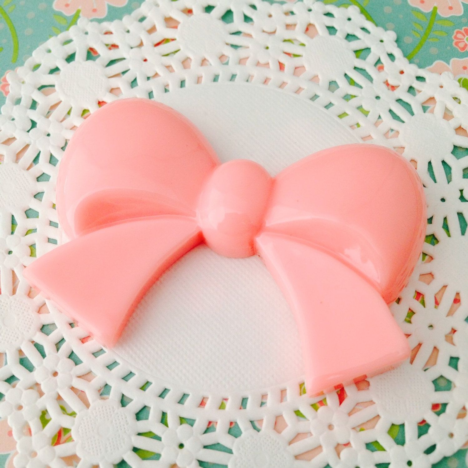 Extra Large XL Light Pink Kawaii Bow Cabochon by Lucifurious on Etsy https://www.etsy.com/listing/179117398/extra-large-xl-light-pink-kawaii-bow