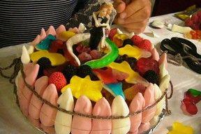Torte Aus Fruchtgummi Gummibärchen Basteln Geburtstagskuchen