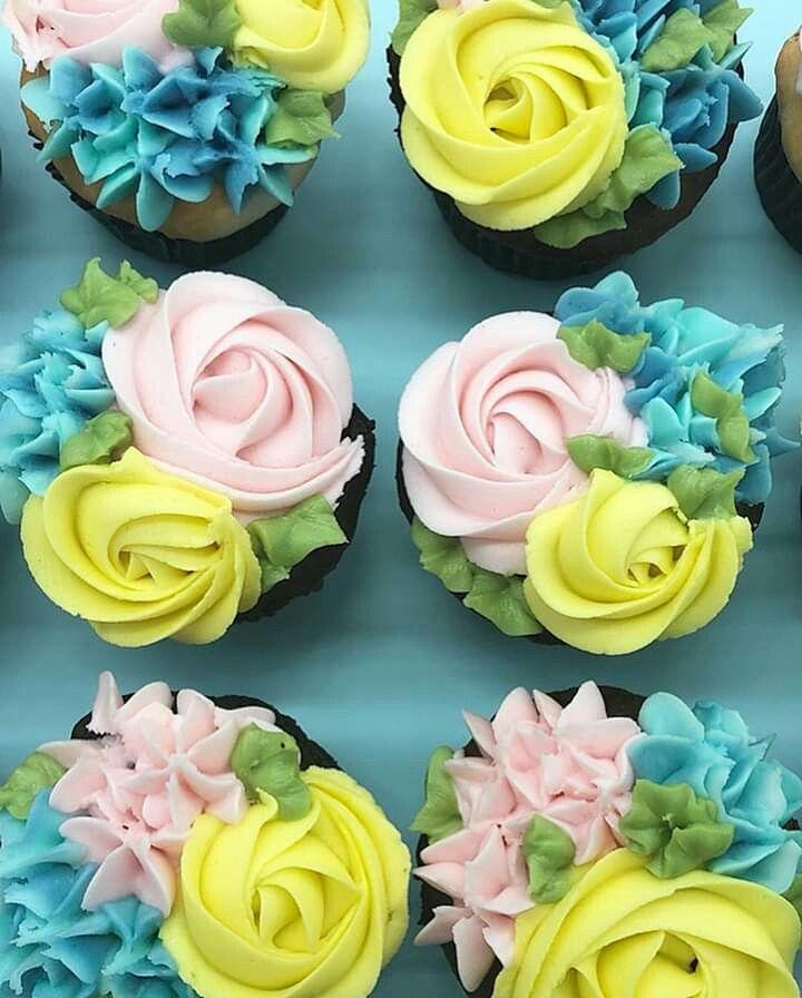 Spring Floral Cupcakes By Kelsey Elizabeth Cakes Spring Cupcakes Floral Cupcakes Novelty Cupcakes