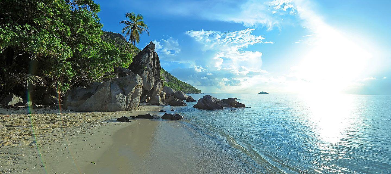 Destination Seychelles - Landscape Sea Sun Beach Mountain