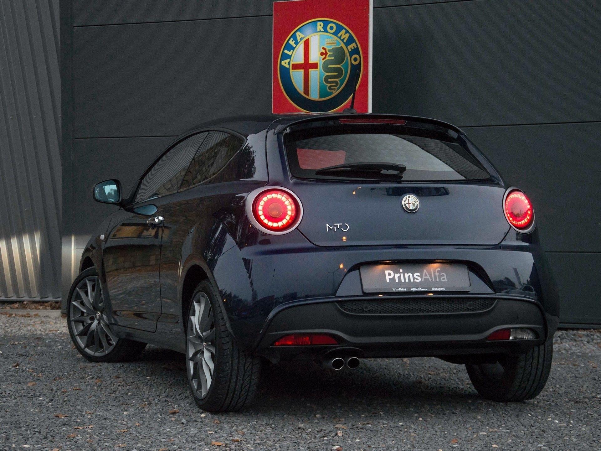 Alfa Romeo MiTo for Maserati 2011 Blue Oceano 1 of 100 170pk