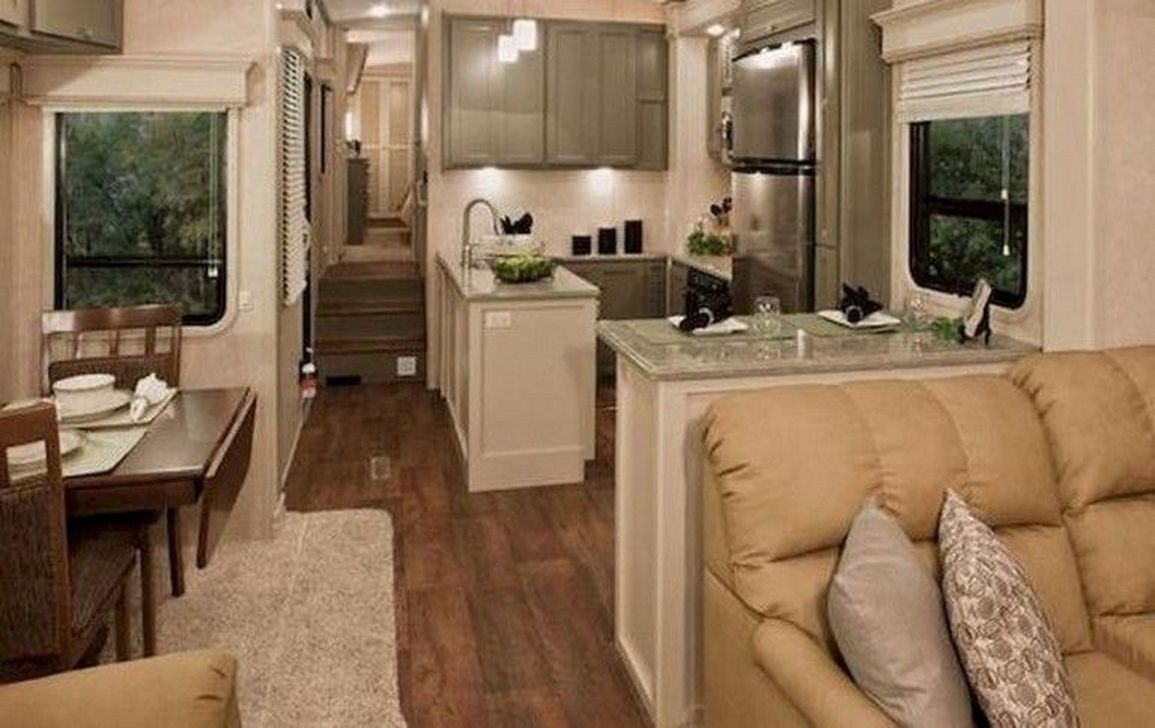 43 Impressive Full Time Rv Living Tips Tricks For Camper Organization Ideas - decoomo.com #rvliving