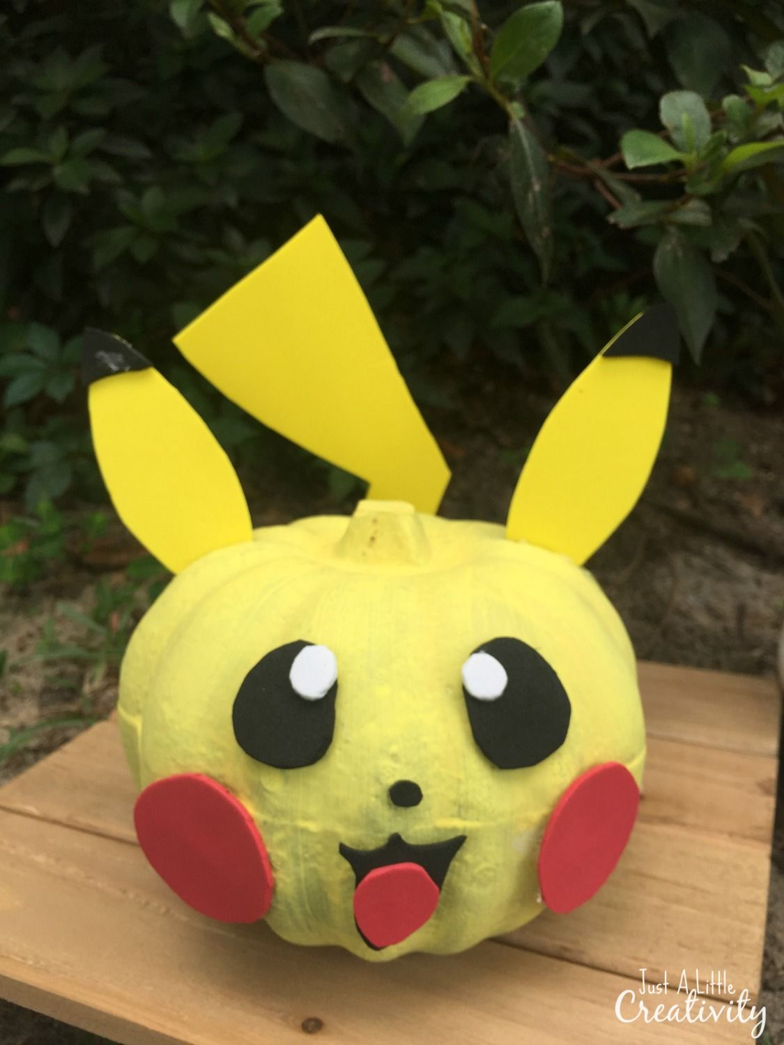 How to create your own pikachu pumpkin