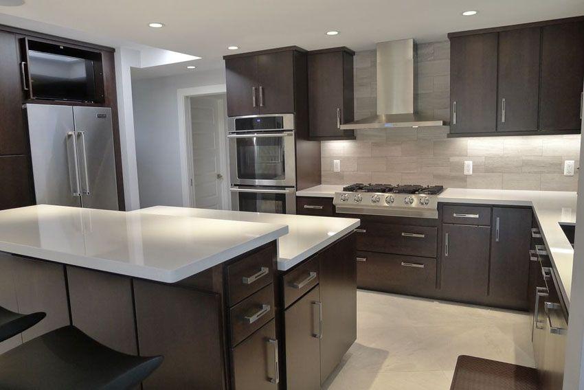 35 luxury kitchens with dark cabinets design ideas dark kitchen cabinets backsplash with on kitchen cabinets design id=14413