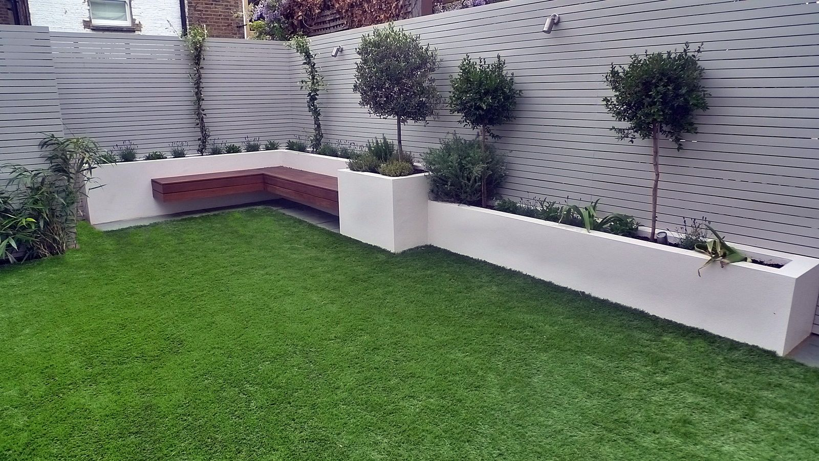 Modern Garden Design Raised Beds Slatted Privacy Screen