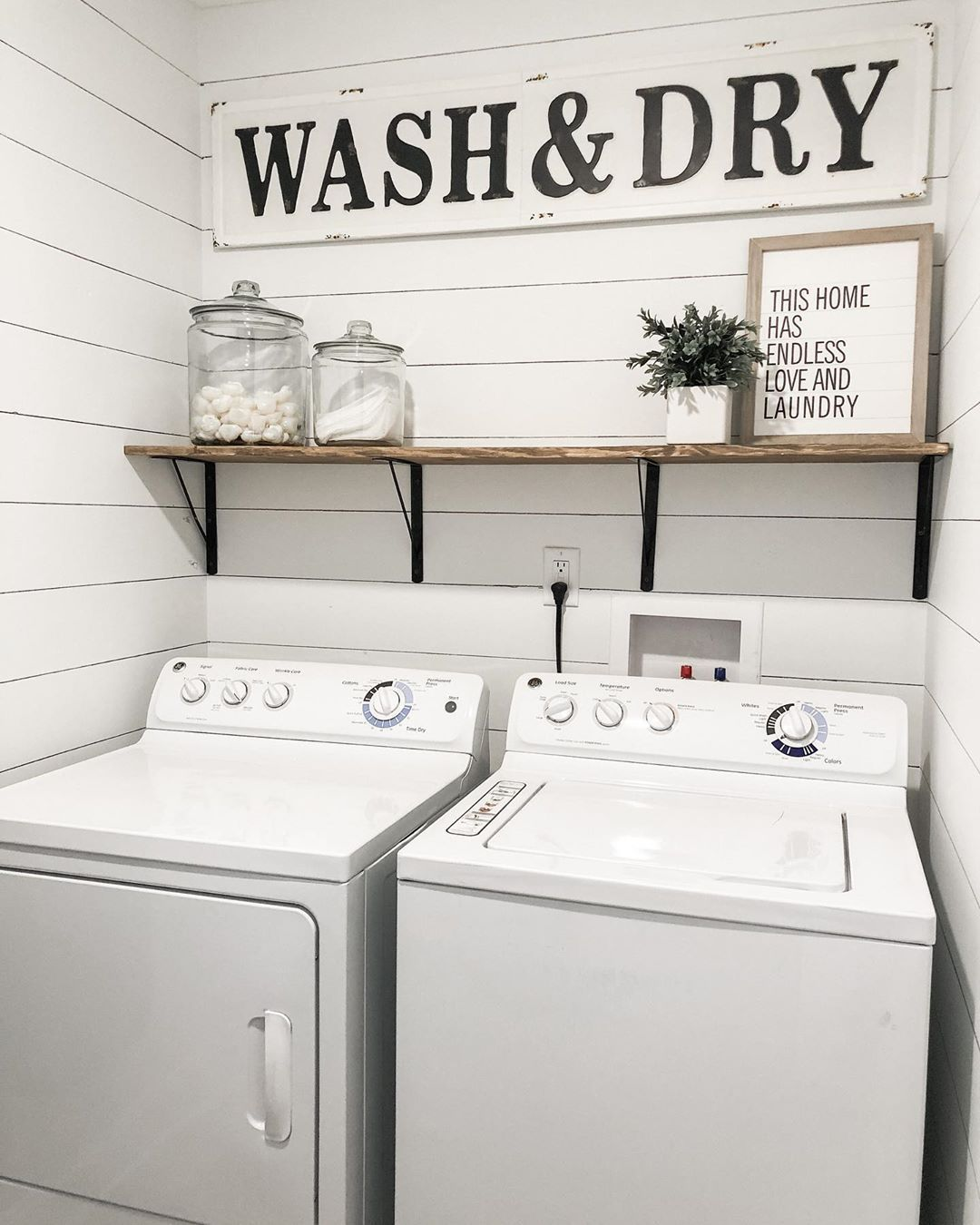 Laundry On The To Do List Even Small Spaces Can Be Transformed Into A Stylish Space For That In 2020 Laundry Room Diy Laundry Room Renovation Laundry Room Wall Decor