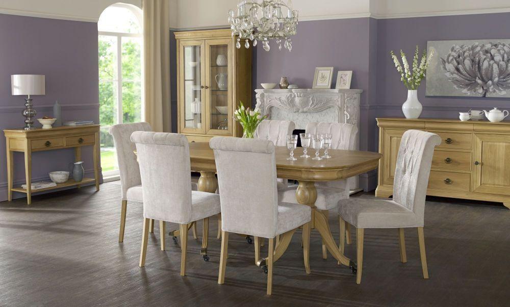 Room Bentley Designs Chantilly Oak Dining Set