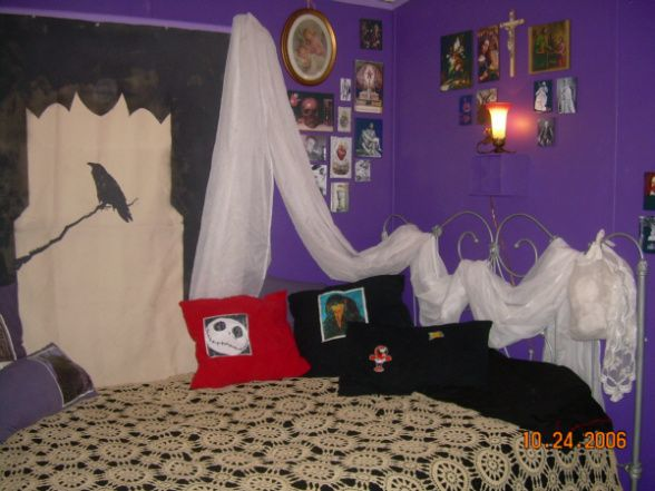 romantic gothic teen bedroom amanda alyssa rh pinterest com