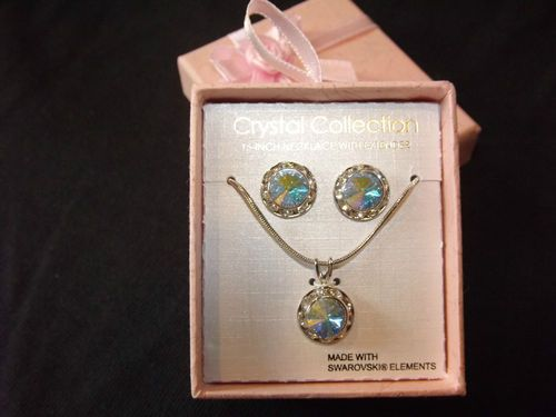 """CRYSTAL COLLECTION 16"""" NECKLACE WITH EXTENDER & EARRINGS SWAROVSKI ELEMENTS NEW $17.99"""