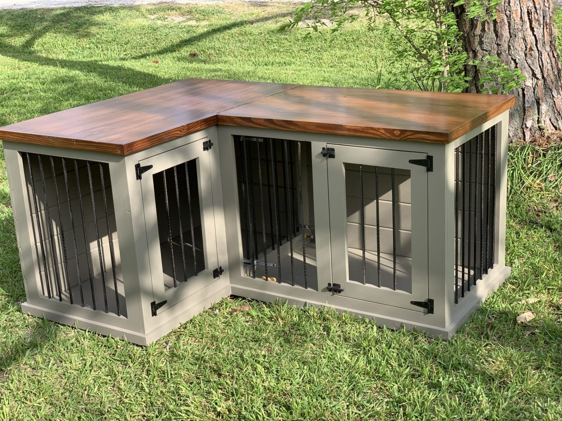 Pam S L Shape Corner Dog Kennel In Hammered Pewter And American Walnut Texas Custom Kennels Diy Dog Kennel Dog Kennel Furniture Custom Dog Kennel