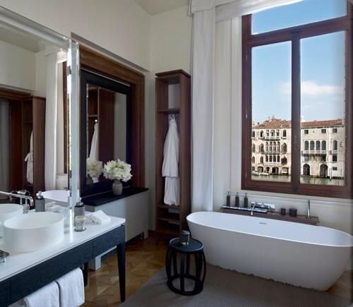 Aman Resort In Venice Furnished By B B Italia In 2020 Bathroom
