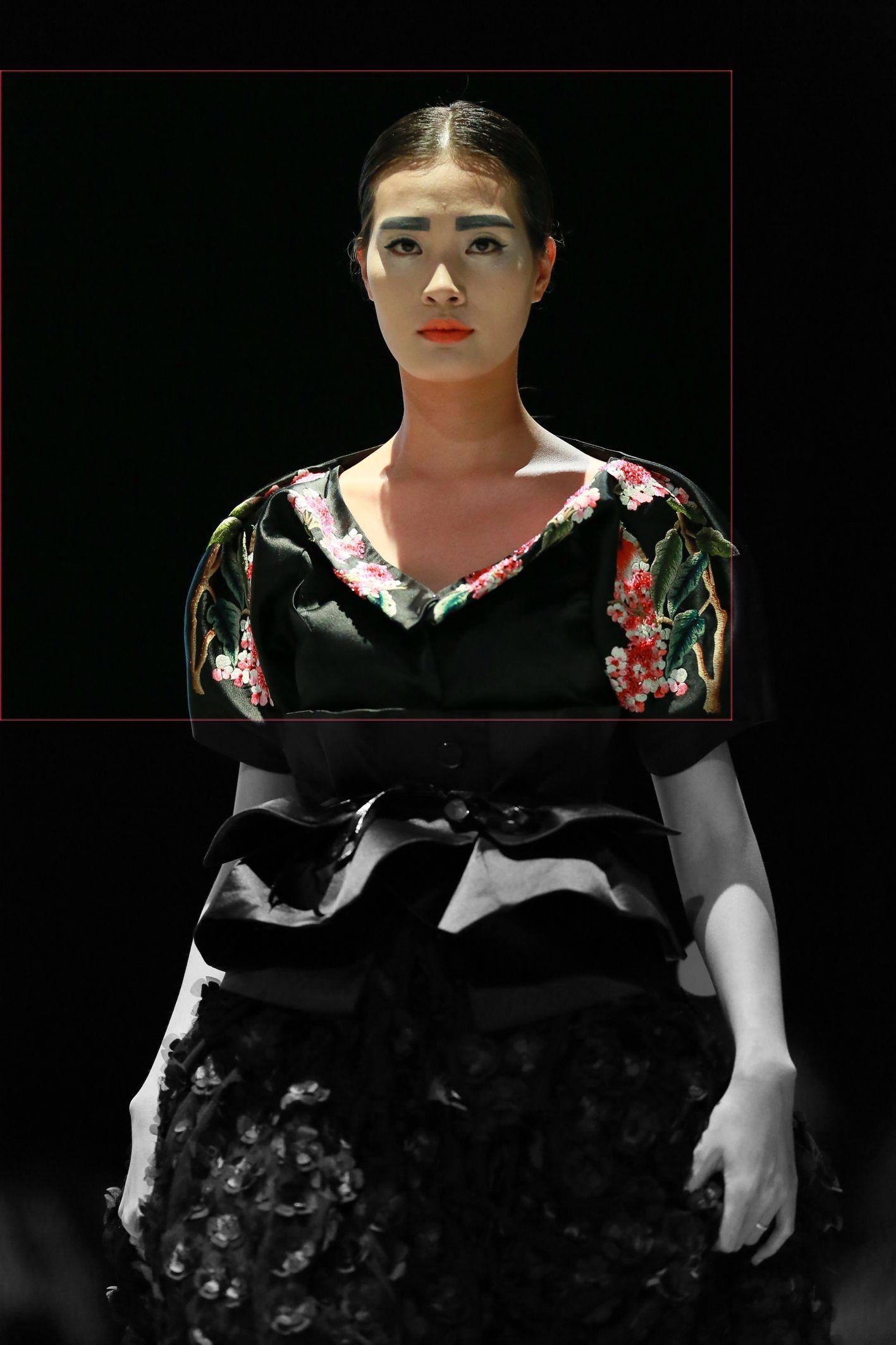 Vietnam Fashion Week FW14 - Haute Couture. Designer: Charming Lys Photo: Thanh Dat
