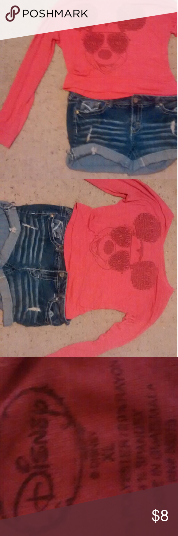 Pink mikey mouse sweater Great condition Sweater Disney Sweaters Crew & Scoop Necks