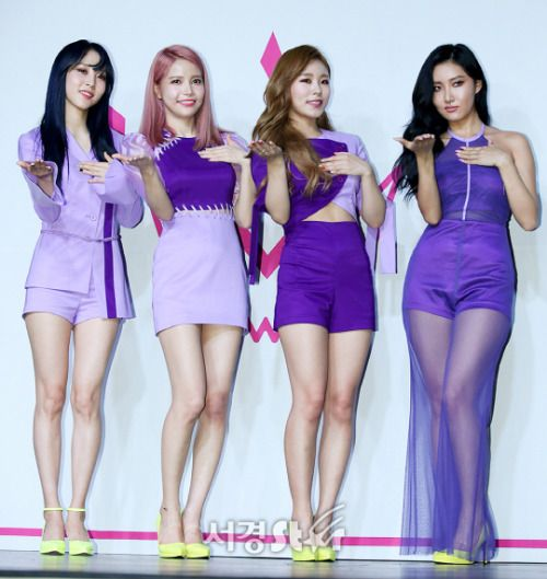 Mamamoo Purple comeback>>>Gosh, I love Hwasa soooo much. She is a huge inspiration, they all are really.