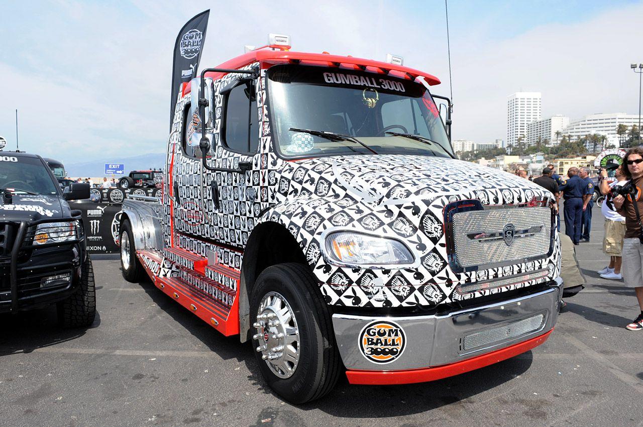 tricked out semi trucks future trucks cool future picture