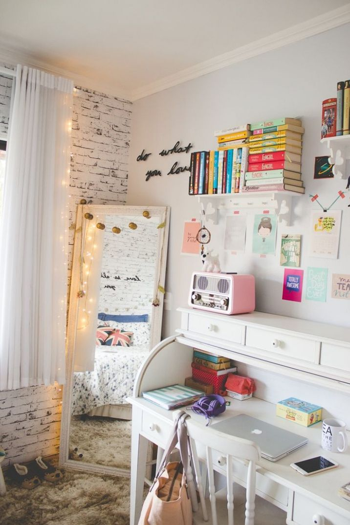 Small Teen Bedroom - Space Saving Bedroom Ideas for Teenagers Check ...