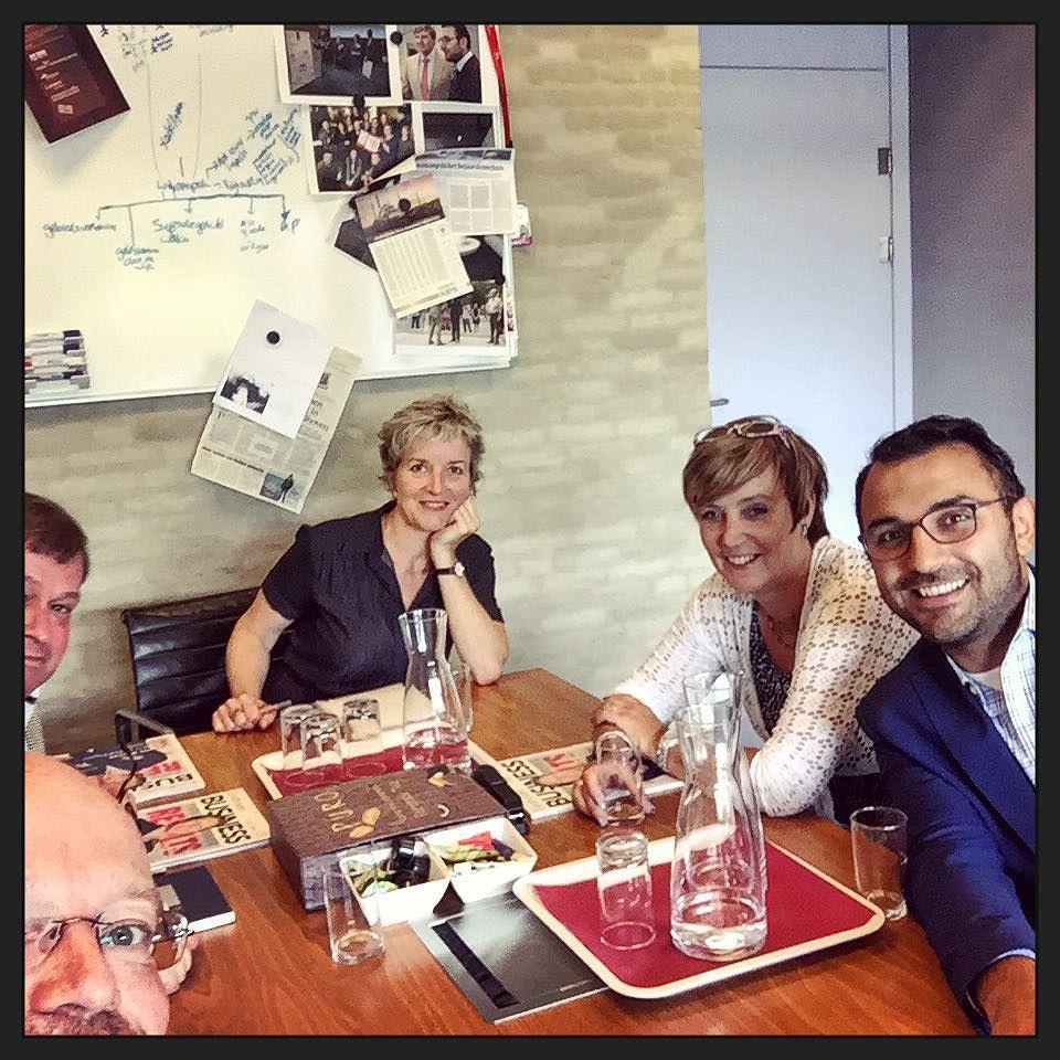 Samen praten over aansluiting en overeenkomsten tussen de @G1000Ehv onderwerpen en de gemeente... Tof gesprek; dank @yasin_nl! #myview