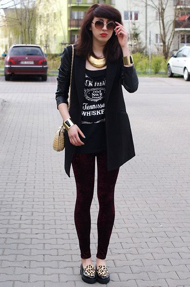 Do you remember me? (by Joanna SERWUS) http://lookbook.nu/look/3432811-Do-you-remember-me  love her velvet leggings
