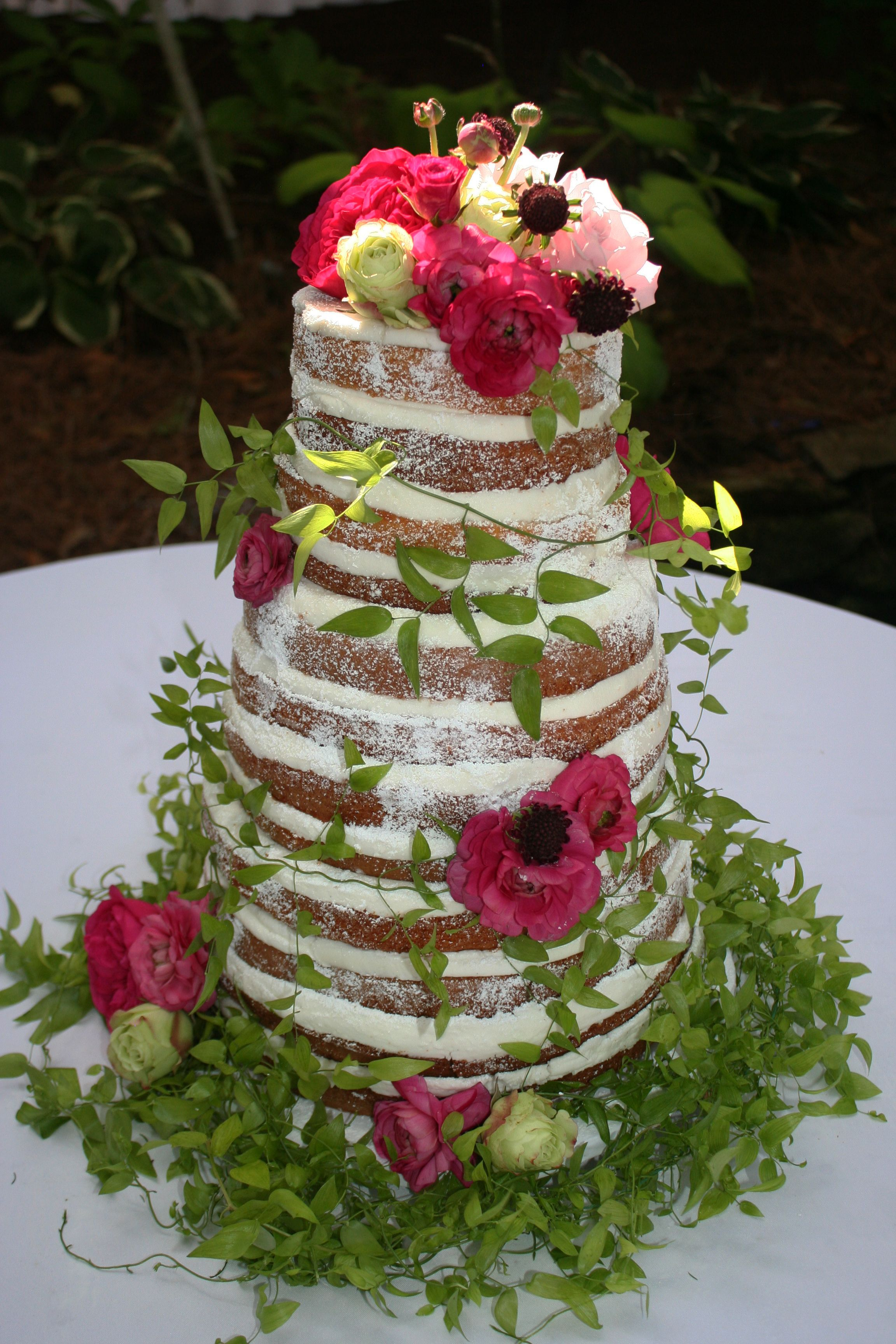 wedding cakes with vines and flowers wedding cake adorned with vines and flowers 26133