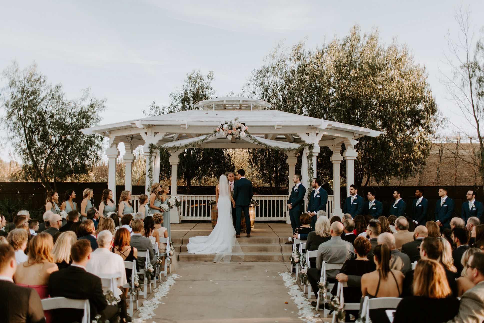 Wilson Creek Winery Wedding Venue Temecula Ca 92591 Winery Wedding Venue Winery Weddings Wedding Reception Southern California