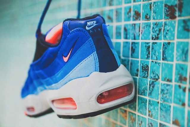 newest collection ba9d8 fee99 canada nike air max 95 uni blue bright mango sneakers 901a4 48ad6