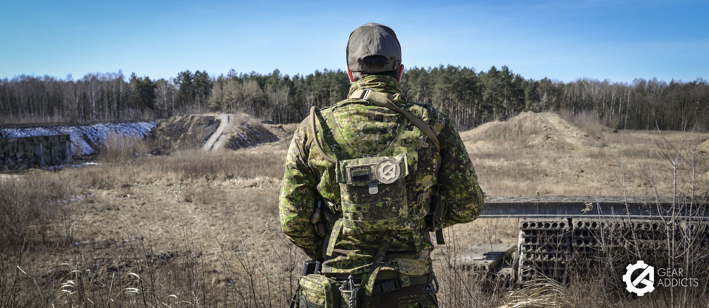 Uf Pro Hunter Sweater Gear Addicts Gears That Look I Sweaters