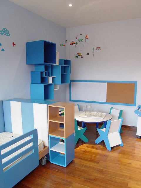 Habitaciones infantiles mobiliario decoracion y ambientacion by cubo 3 taller de dise o via - Diseno habitaciones infantiles ...