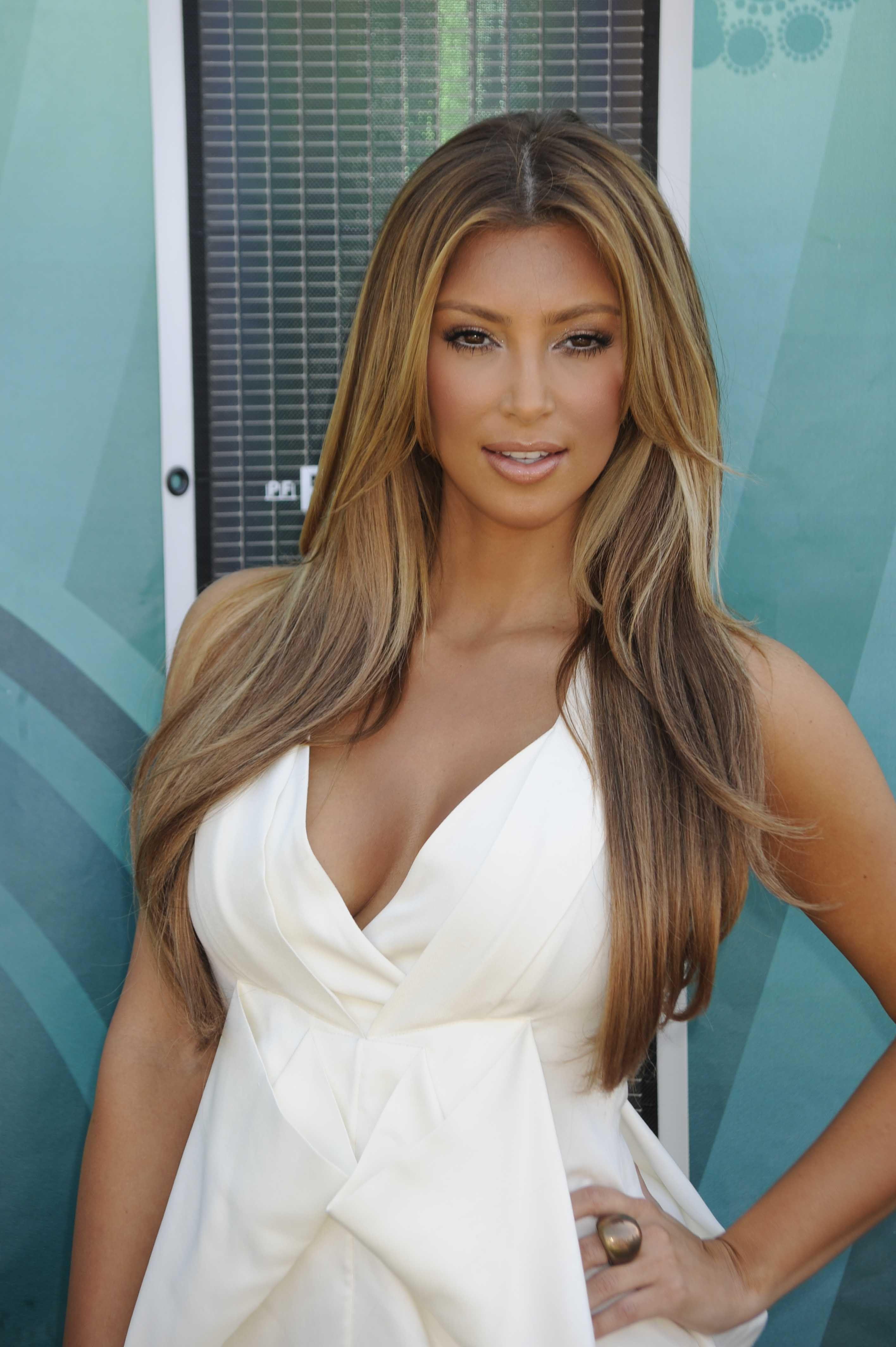 kim kardashian starting to go blonde - Google Search