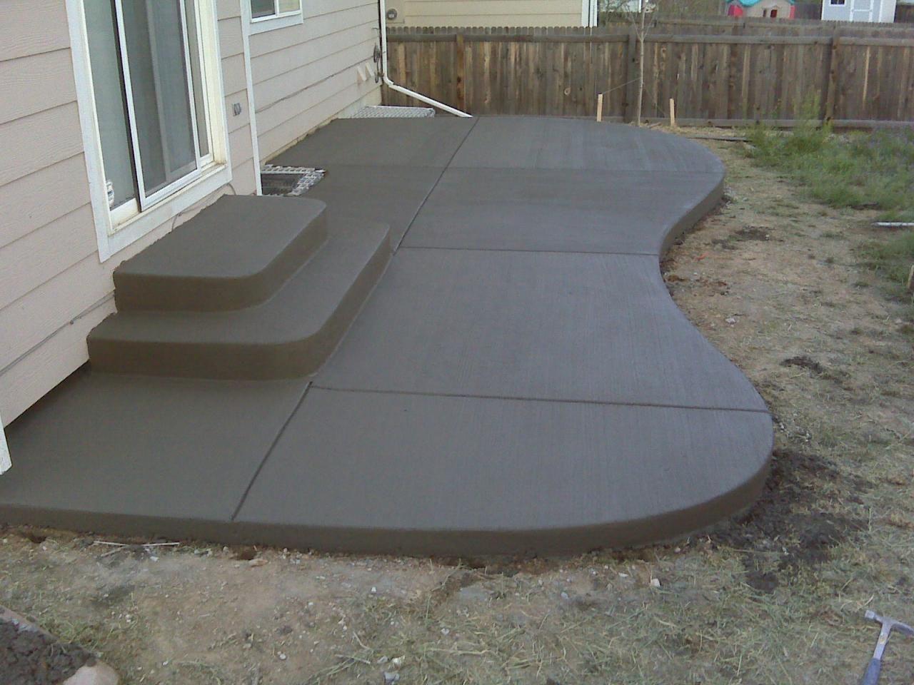 Back Patio Regular with Design   Concrete patio makeover on Concrete Back Porch Ideas id=56623