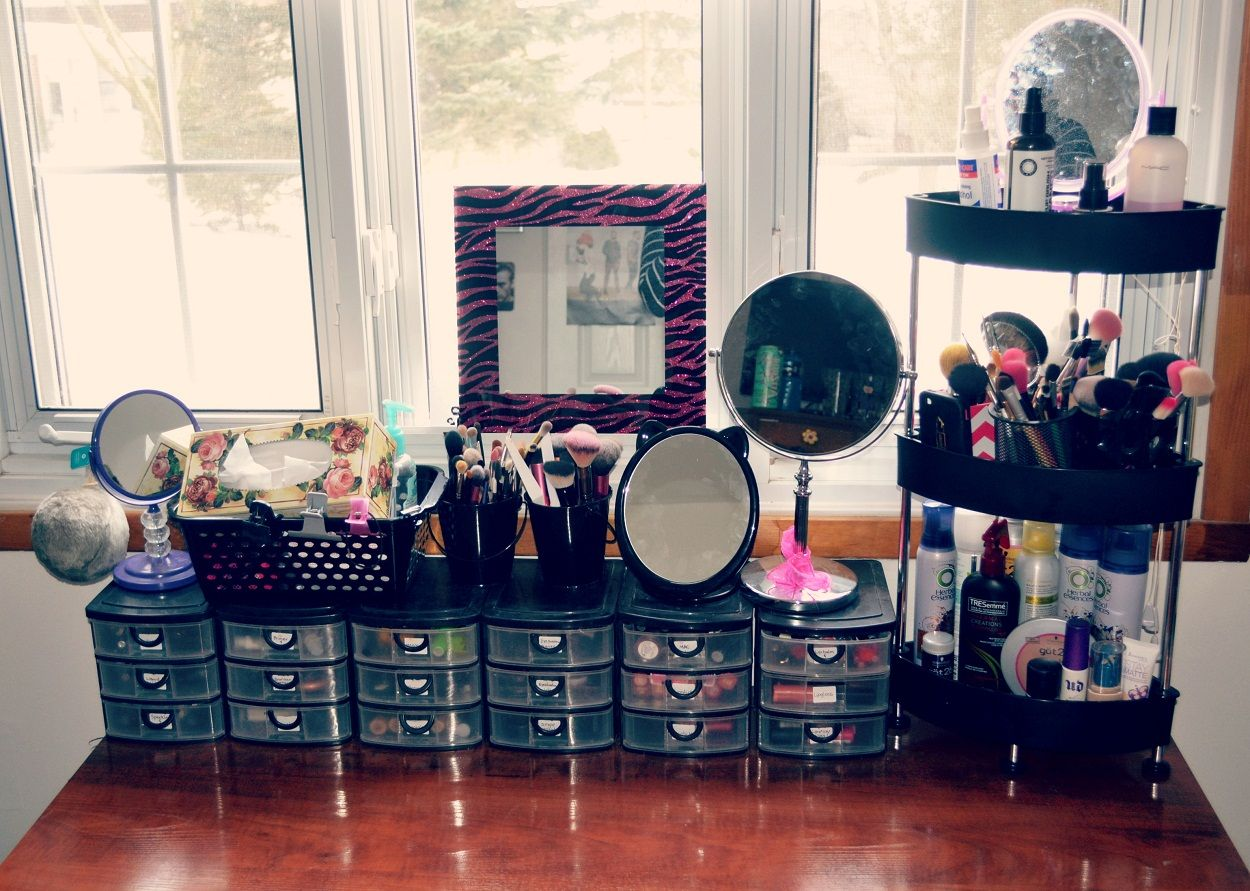 Nice Makeup Storage Containers Ideas
