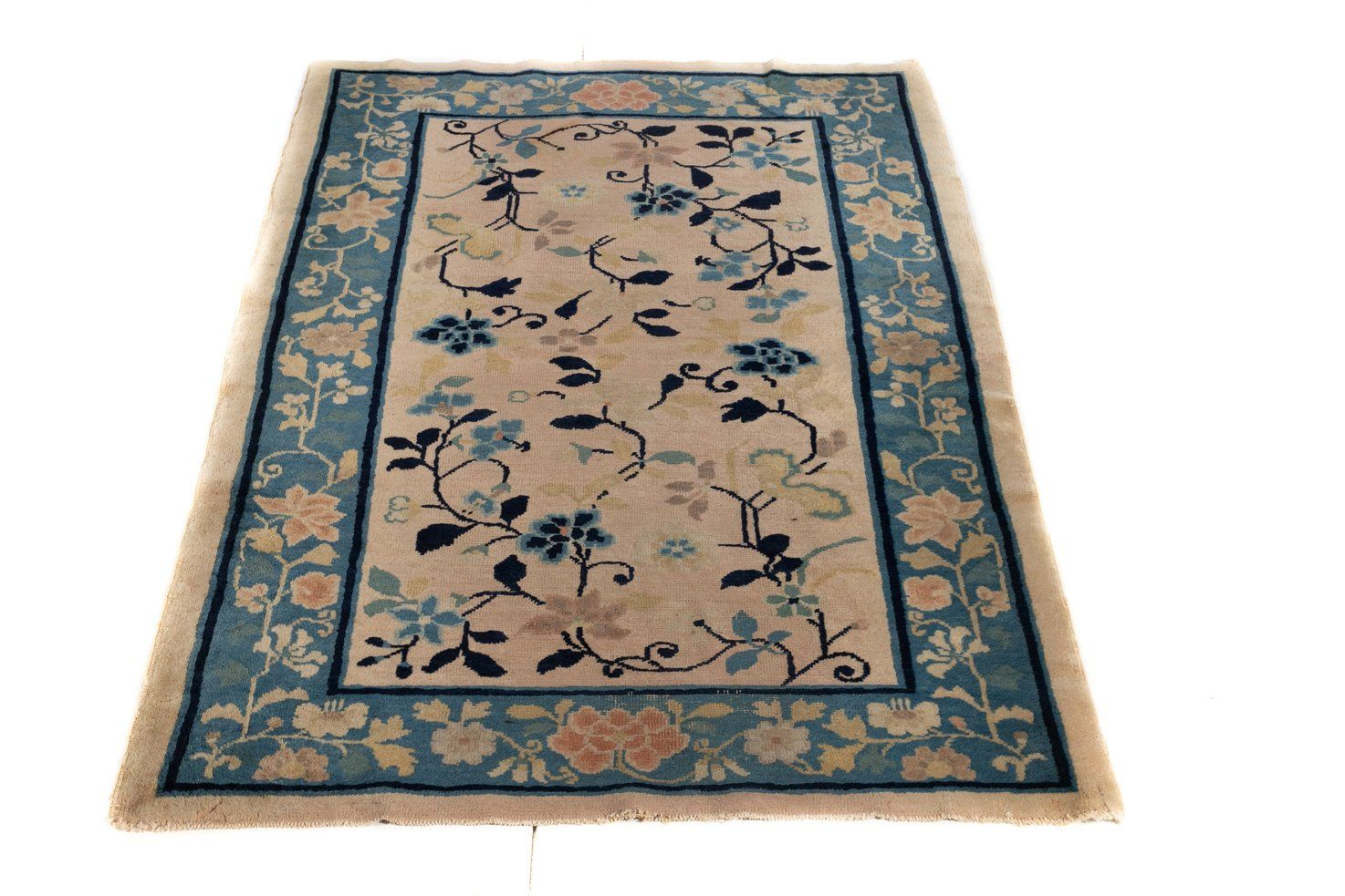 Antique Peking Entry Size Chinese Rug Halloween Sale In 2020 Vintage Floral Rugs Chinese Rug Antiques