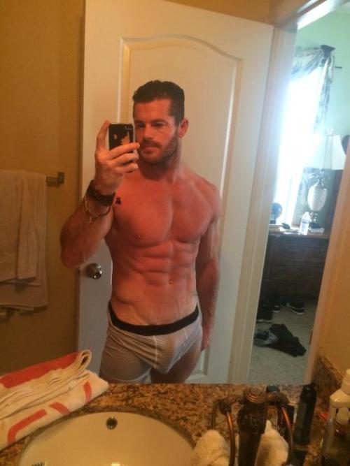 Matt Sydal  O  Pinterest  Evan Bourne-4601