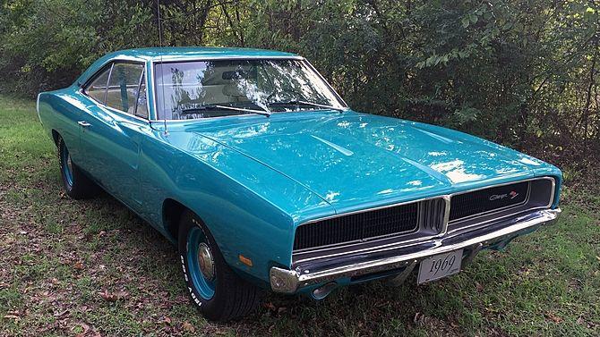 1969 Dodge Charger R T Automatic Mecum Auctions 1969 Dodge Charger Dodge Muscle Cars Dodge Charger