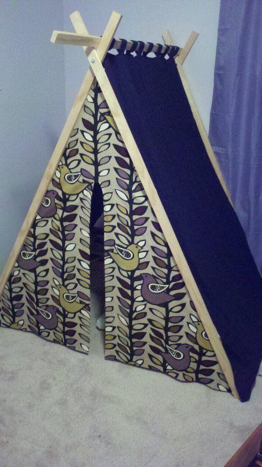 DIY tent inspired by http://davidandcarolineparker.blogspot.com/2011/09/diy-play-tent.html and http://ana-white.com/2011/06/easy-kids-tent-reading-nook