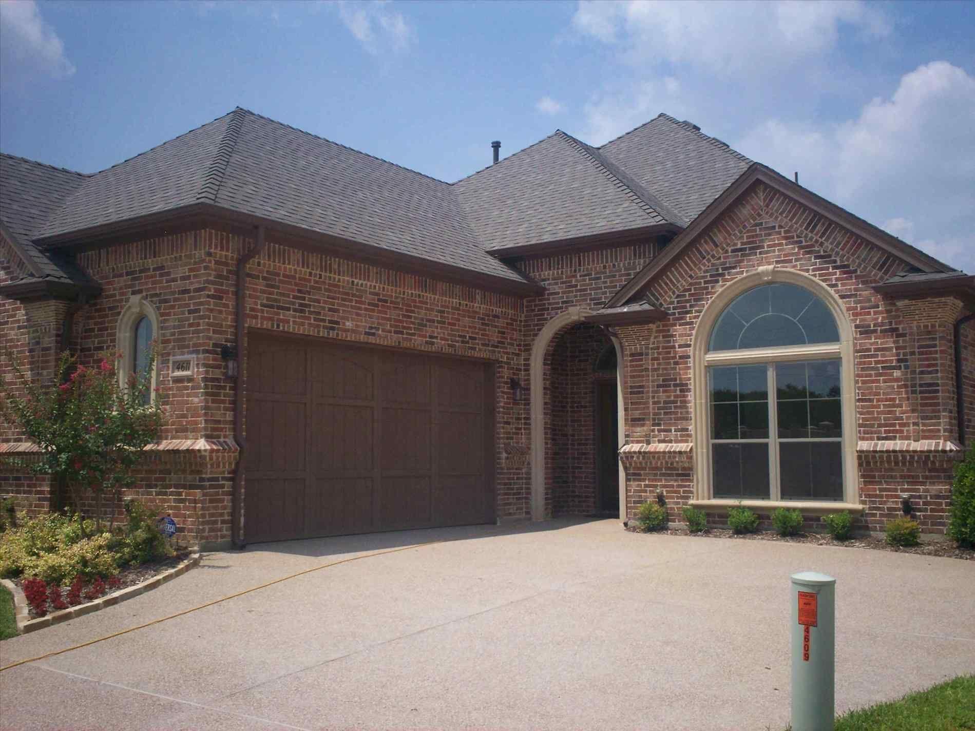 Garage Door Colors For Red Brick House, garage door paint ... on Garage Door Paint Ideas  id=51932