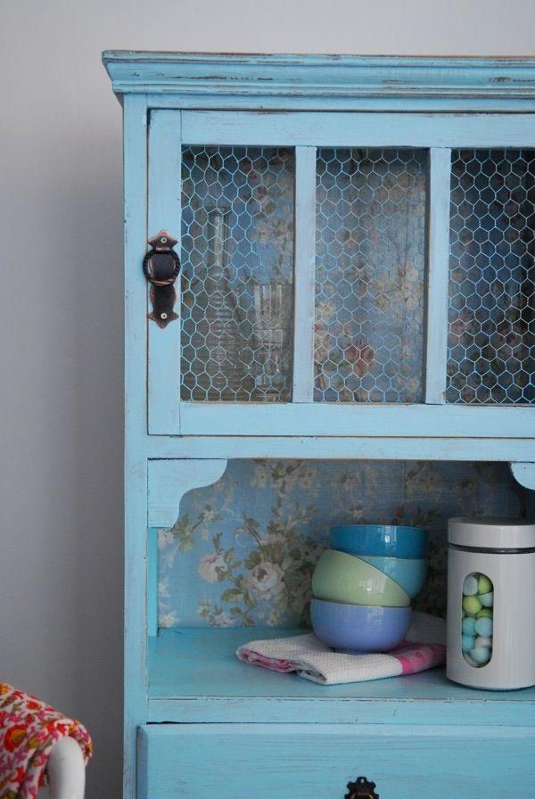 Aparadores antiguos patinados buscar con google for Cocina con muebles antiguos