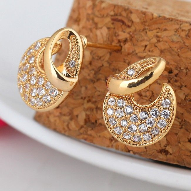 12.5mm 18K Gold Plated Fashion Moon Shape Inlaid Small Crystal Women Ladies Copper Earrings