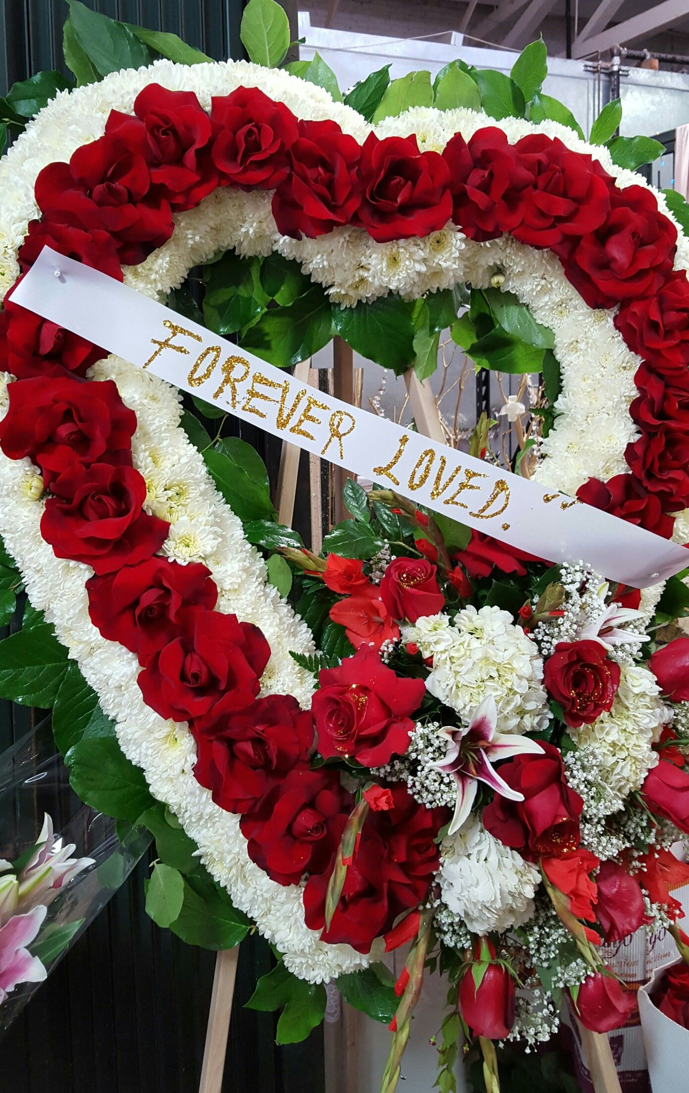 Heart shaped funeral flowers are often given by the immediate family heart shaped funeral flowers are often given by the immediate family in many traditions check izmirmasajfo